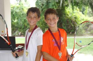 Tennis_Twins-300×199