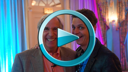 Henry-Winkler-shares-his-butt-with-Mark-Simon